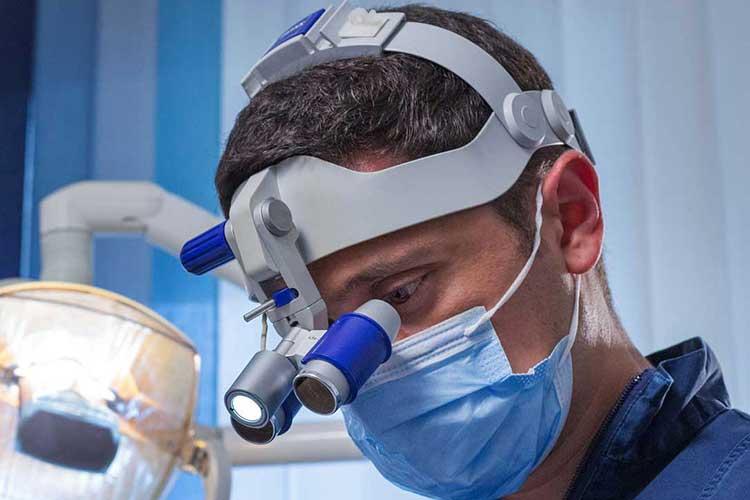 Studio Dentistico Nezzo: Dott. Federico Nezzo - dentista a Roma
