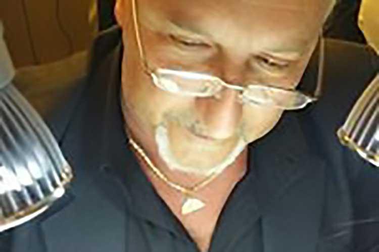 Studio Dentistico Nezzo: Enrico Ferrarelli, Odontotecnico